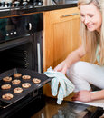 Beautiful housewife preparing cookies Royalty Free Stock Photography