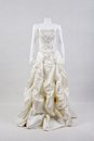 Beautiful white wedding gown n mannequins Stock Photography