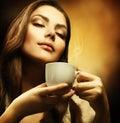 Mujer taza de café