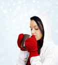 Beauty drinking hot beverage Royalty Free Stock Photos
