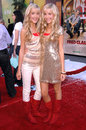 Becky rosso milly and becky milly becky at the fred claus los angeles premiere grauman s chinese theatre hollywood ca Royalty Free Stock Photos