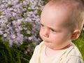 Behandla som ett barn litet fundersamt Royaltyfria Bilder