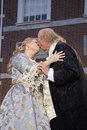 Ben Franklin and Betsy Ross kissing Royalty Free Stock Photography