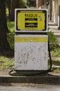 Benzynowy stary pompowy Sardinia Obrazy Stock