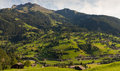 Bergswitzerland by Royaltyfri Bild