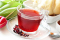 Berry tea transparent cup Photo libre de droits