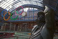 Betjeman Statue and Olympic Rings at St Pancras Royalty Free Stock Images