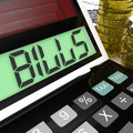 Bills calculator means invoices payable and owing meaning Stock Images