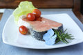 Bistecca di color salmone cruda Immagine Stock