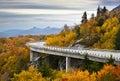 Azul cresta otoño arroyo