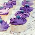 Čučoriedka malé koláčiky pre jednu osobu krém