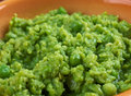 Bowl of mushy peas britains tradizionale food Stock Photo