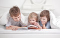 Boys read Royalty Free Stock Images