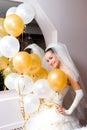 Braut mit Ballonen Stockbild