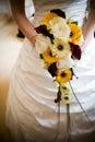 Braut mit Blumen Lizenzfreie Stockfotos
