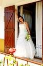 Bruid bij venster Royalty-vrije Stock Afbeeldingen