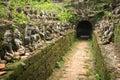 Sochy v starobylý chrám v