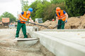 Builders working together Royalty Free Stock Photo