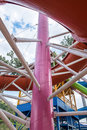 Building structure large pole link slider