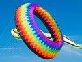 Bunter ring kite flying Stockbilder