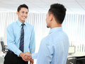 Business man shaking hands Royalty Free Stock Photos