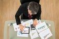 Businessman analyzing graph Royalty Free Stock Photo