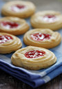 Butter cookies with strawberry jam filling Royalty Free Stock Images