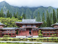 Byodo in temple beautiful with the koolau mountains the valley of the temples on oahu hawaii Stock Photo