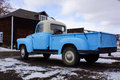 Camion pick-up bleu Photographie stock libre de droits