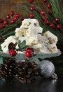Caramelo de chocolate tradicional dos confeitos do white christmas do feriado do natal Foto de Stock Royalty Free