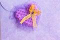 Cartão do dia de valentim coração roxo fotos conservadas em estoque Imagens de Stock Royalty Free
