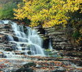Cascading Waterfall In Autumn Royalty Free Stock Photos