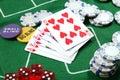 Casino: Las tarjetas, saltan y cortan en cuadritos Imágenes de archivo libres de regalías