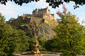 Castelo de Edimburgo, Scotland, fonte de Ross Fotos de Stock Royalty Free