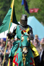 Cavaliere medioevale su a cavallo Fotografie Stock