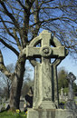 Celtic cross holy rude graveyard scotland the church of the was founded in during the reign of david i as the parish church of Stock Images