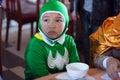 Chłopiec przebranie jako batman z zielonym clothes da lat wietnam październik Fotografia Royalty Free
