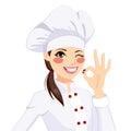 Chef woman gesturing okay zeichen Lizenzfreie Stockfotos