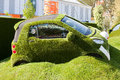 Chelsea flower show the easibug car london may rhs has been running since easigrass showing artificial Stock Image