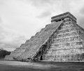 Chichen itza mayan pyramid ruins of in yucatan mexico castillo Royalty Free Stock Photos