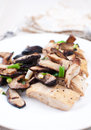 Chicken marsala with shiitake mushrooms Stock Images