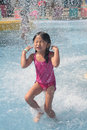 Giocare piscina