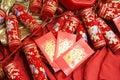 Chinese vieringsvoetzoekers en rode envelop Royalty-vrije Stock Foto's