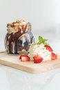 chocolate brownies with vanilla ice-cream Royalty Free Stock Photo