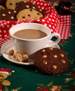 Chocolate chip cookies coffee christmas pattern Imagem de Stock Royalty Free