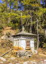 Chorten a choerten stupa near dochula pass at an altitude of about m tzatzas have been placed on the tzatzas are cones Stock Photos