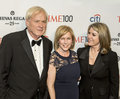 Chris matthews kirsten gillibrand and kathleen matthews journalist tv personality wife sandwich democratic new york senator as Royalty Free Stock Photography