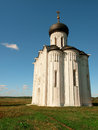 Church of the intercession on the nerl summer day in flooded meadows at confluence and klyazma rivers vladimir Stock Photo