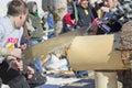 Cierre de la competencia de two man bucksaw del leñador para arriba Fotografía de archivo
