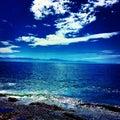 Cieux bleus Photos stock